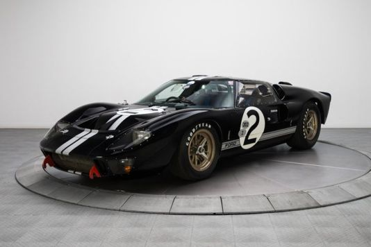 1966-ford-gt40-2
